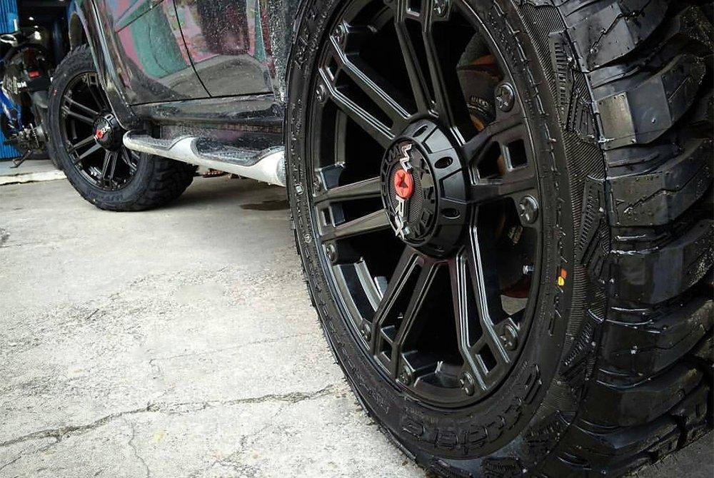 S L furthermore Accelera Mt Toyota Pajero furthermore S L additionally Run also Dscf. on 87 toyota truck parts