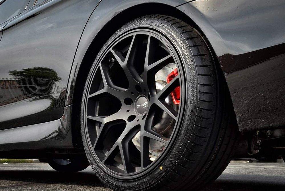 Accelera 174 Phi 2 Tires