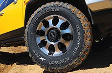 ACHILLES® - Desert Hawk on Toyota FJ Cruiser