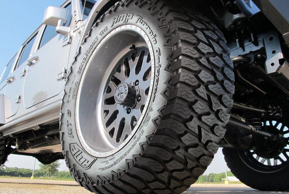 Amp Tire 285 55r 20 145s Terrain Gripper All Season All