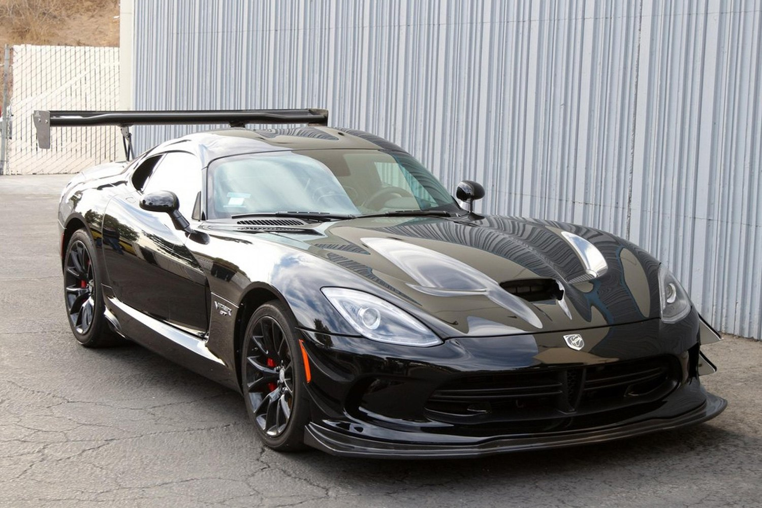 Dodge Viper SRT Anodized Carbon Special Edition |Viper With Spoiler