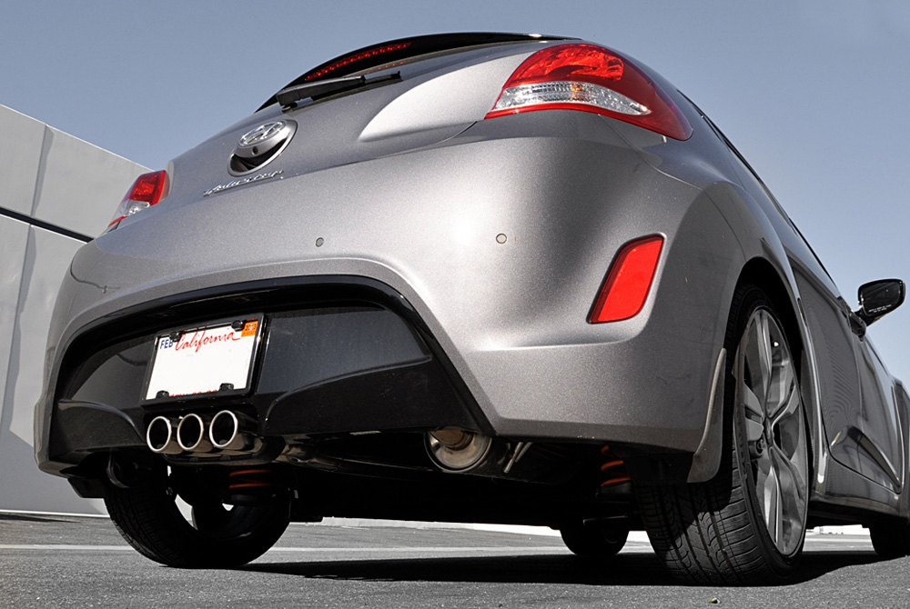 Dt S  Ss Cat Back Exhaust System With Triple Rear Exit