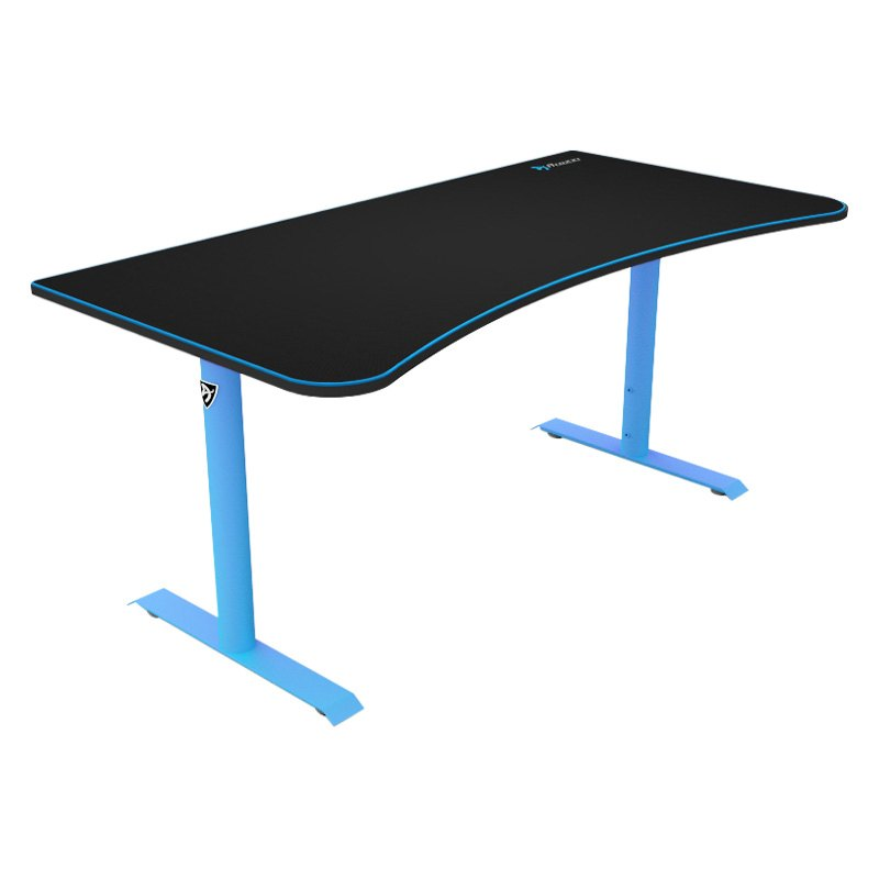 Arozzi 174 Arena Gaming Desk With Mouse Pad