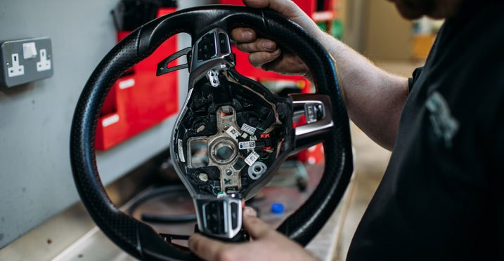 Replacement Steering Wheel With No Center Airbag Assembly