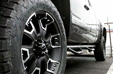 BALLISTIC® - HAVOC Flat Black with Machined Accents on Chevy Silverado