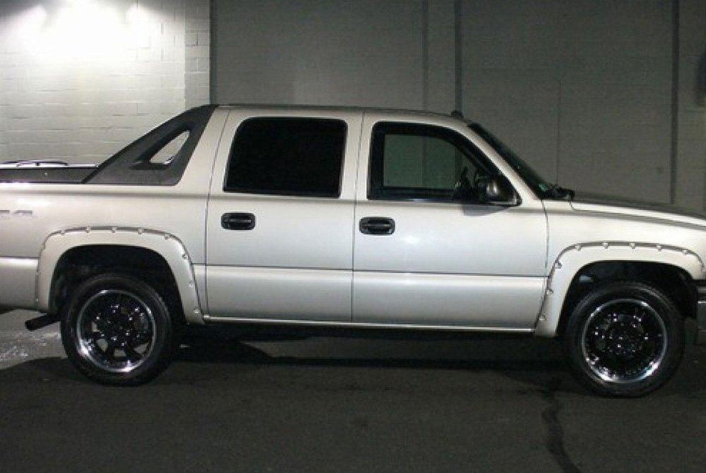 Bushwacker® - Chevy Avalanche 2003-2006 Pocket Style ...