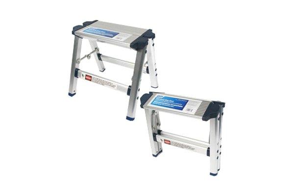 Camco 174 43672 Folding Metal Platform Step Stool