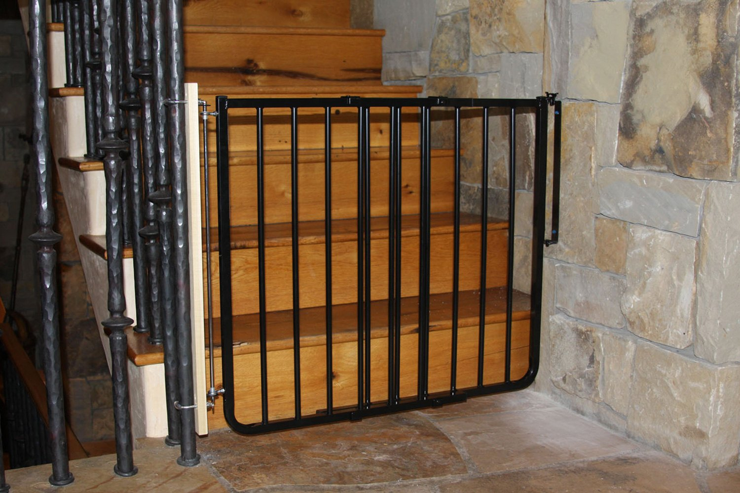 Amazing Cardinal Gates®   Stairway Special Safety ...