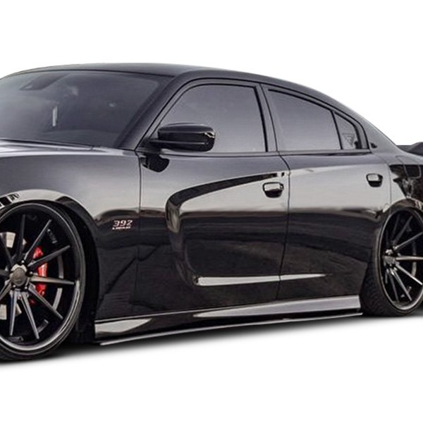 Chrome & Carbon® - Dodge Charger 2016 Side Skirts
