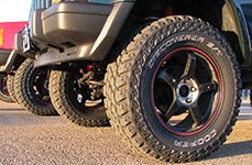 COOPER® - Discoverer S/T Maxx Tires on Jeep Cherokee
