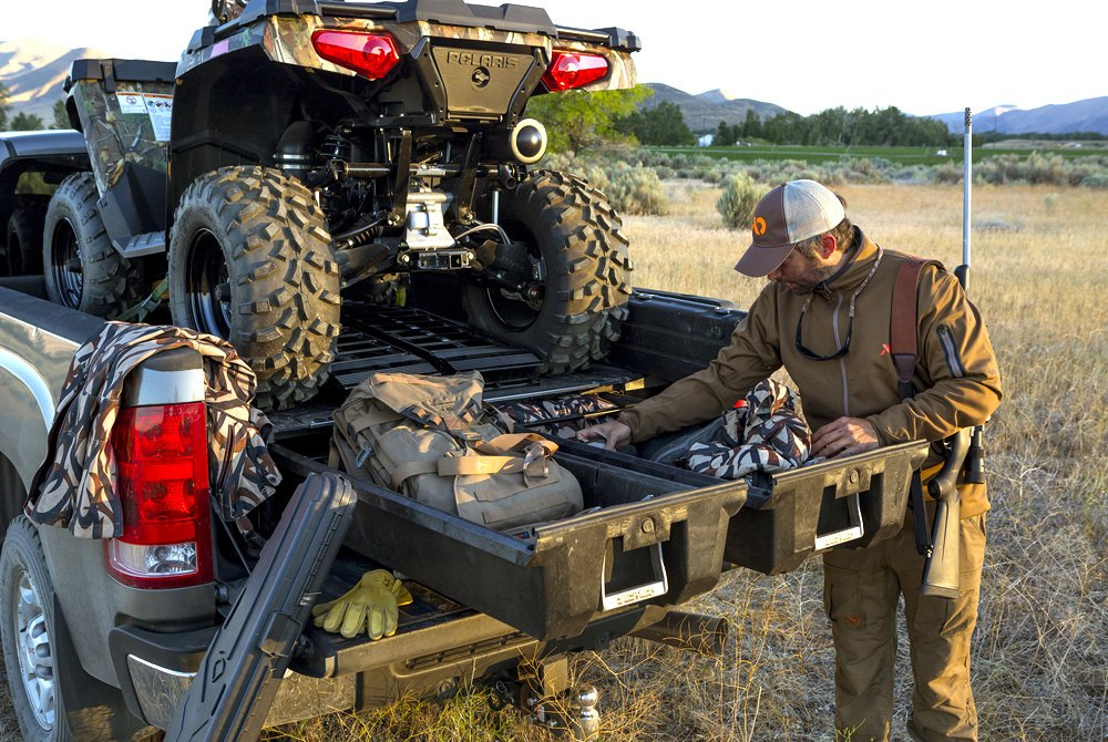 Decked truck bed storage system for Garage auto quad passion