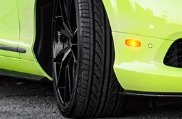 DELINTE® - Tires on Bentley Aston