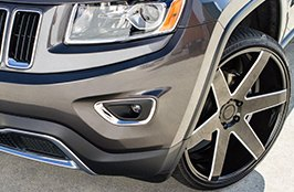 DELINTE® - Tires on Jeep Grand Cherokee