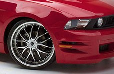 Dropstars 641MB Gloss Black with Machined Face and Lip on Ford Mustang