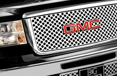 "E&G Classics® - ""Q"" Style Grille on GMC Sierra"