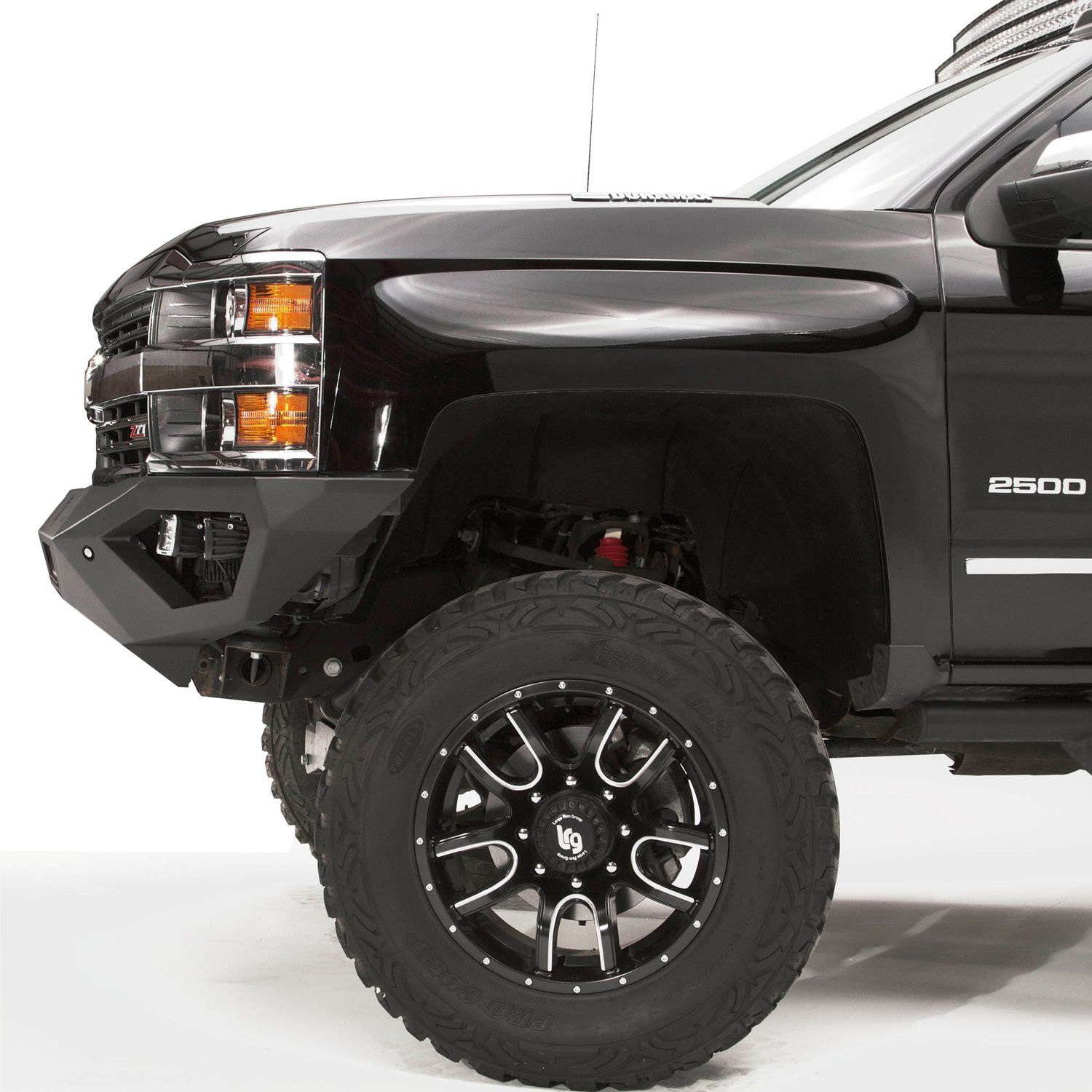 Fab Fours Chevy Silverado With Park Assist Sensors 2015
