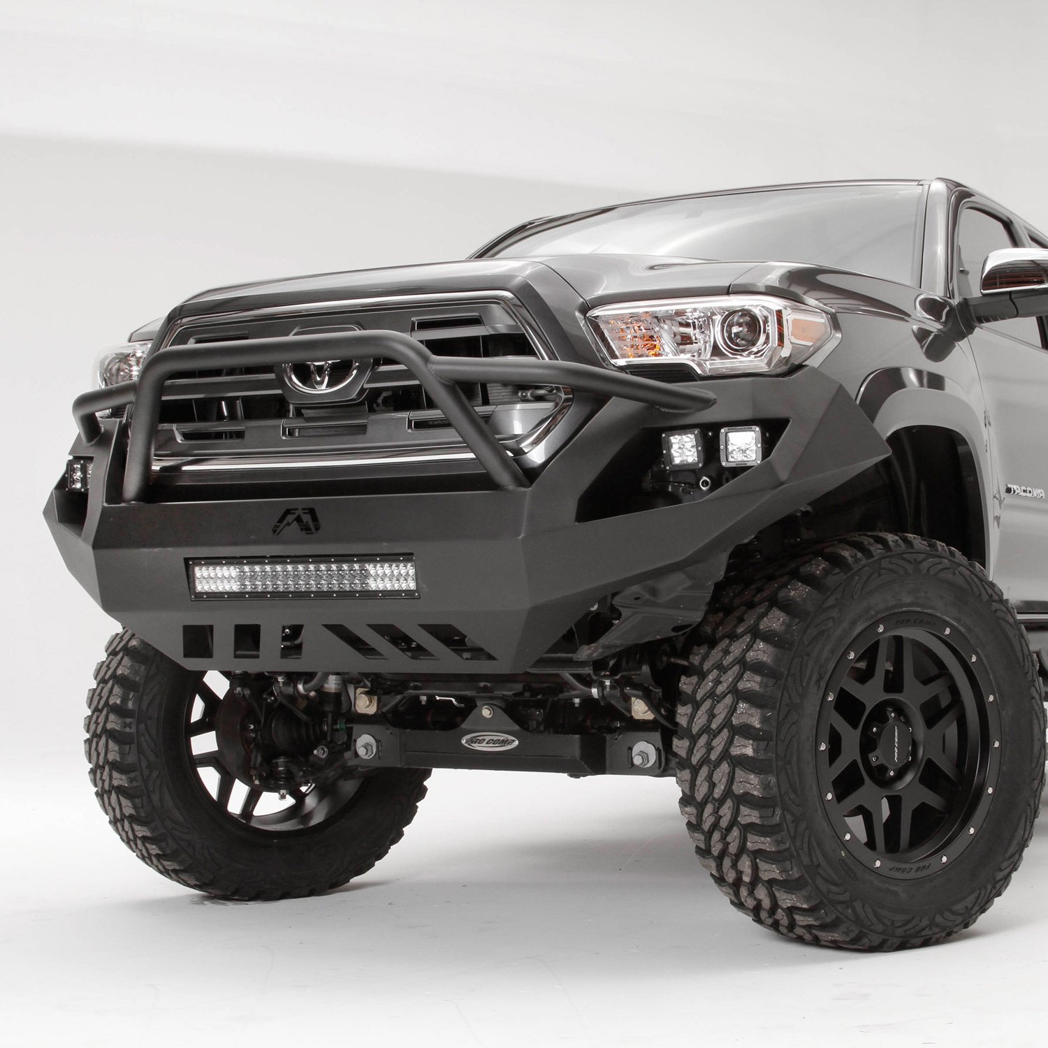 fab fours toyota tacoma 2016 2017 vengeance full width front hd bumper with pre runner guard. Black Bedroom Furniture Sets. Home Design Ideas