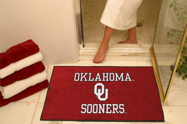 Fanmats 2390 university of oklahoma logo on all star mat for Parquet mat ou satine