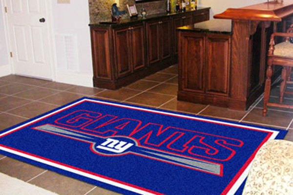 Fanmats 6593 new york giants on 5x8 area rug for Area rugs new york