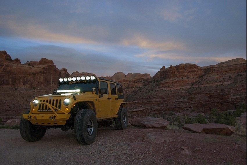 revolutionry kc pro6 led lightbar for a patriot jeep patriot forums. Black Bedroom Furniture Sets. Home Design Ideas