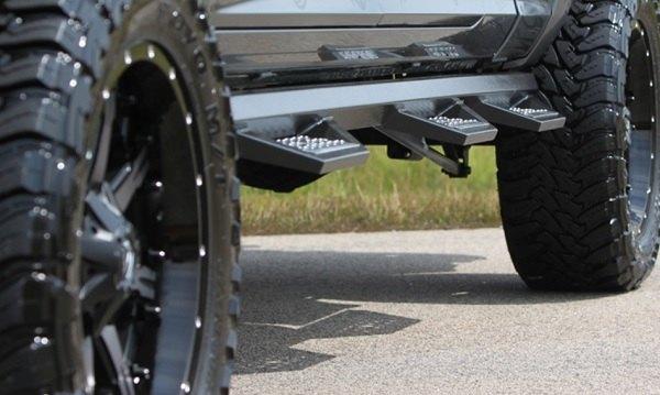Chevy Silverado Side Steps >> Silveradosierra Com Iron Cross Hd Series Side Steps For