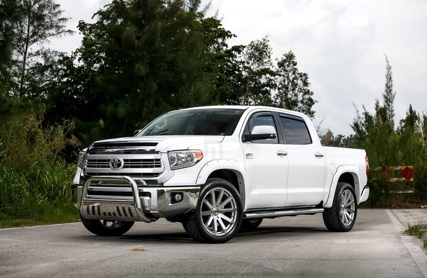 Let S Talk About Bull Bars And Grille Guards For Tundra
