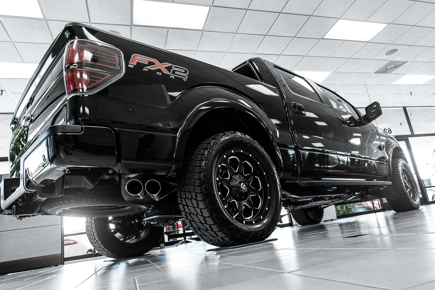 Fuel D534 Boost 1pc Wheels Black With Milled Accents Rims