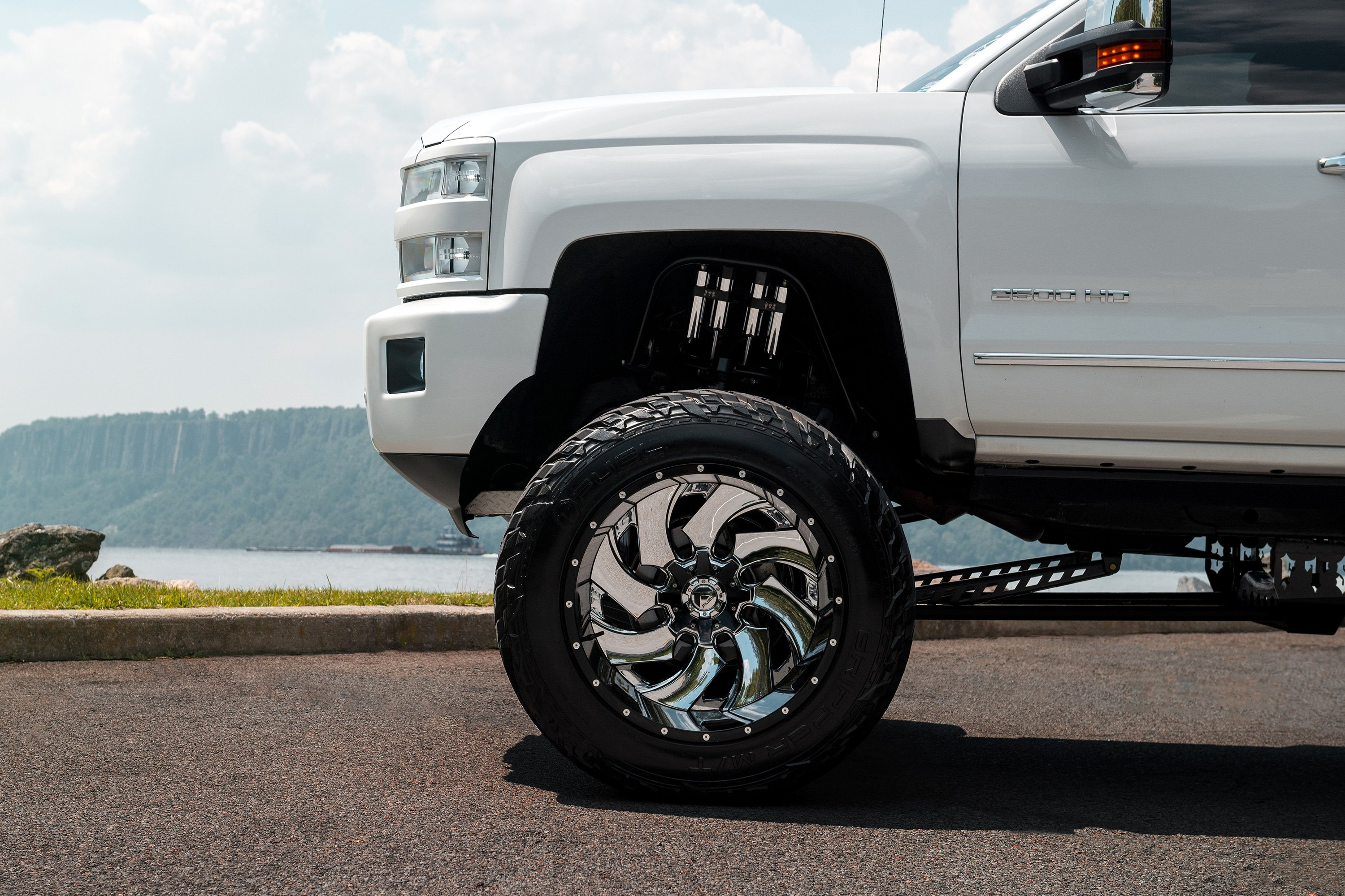 Fuel Dually Wheels >> Fuel D240 Dually Cleaver 2pc Gloss Black With Chrome Center