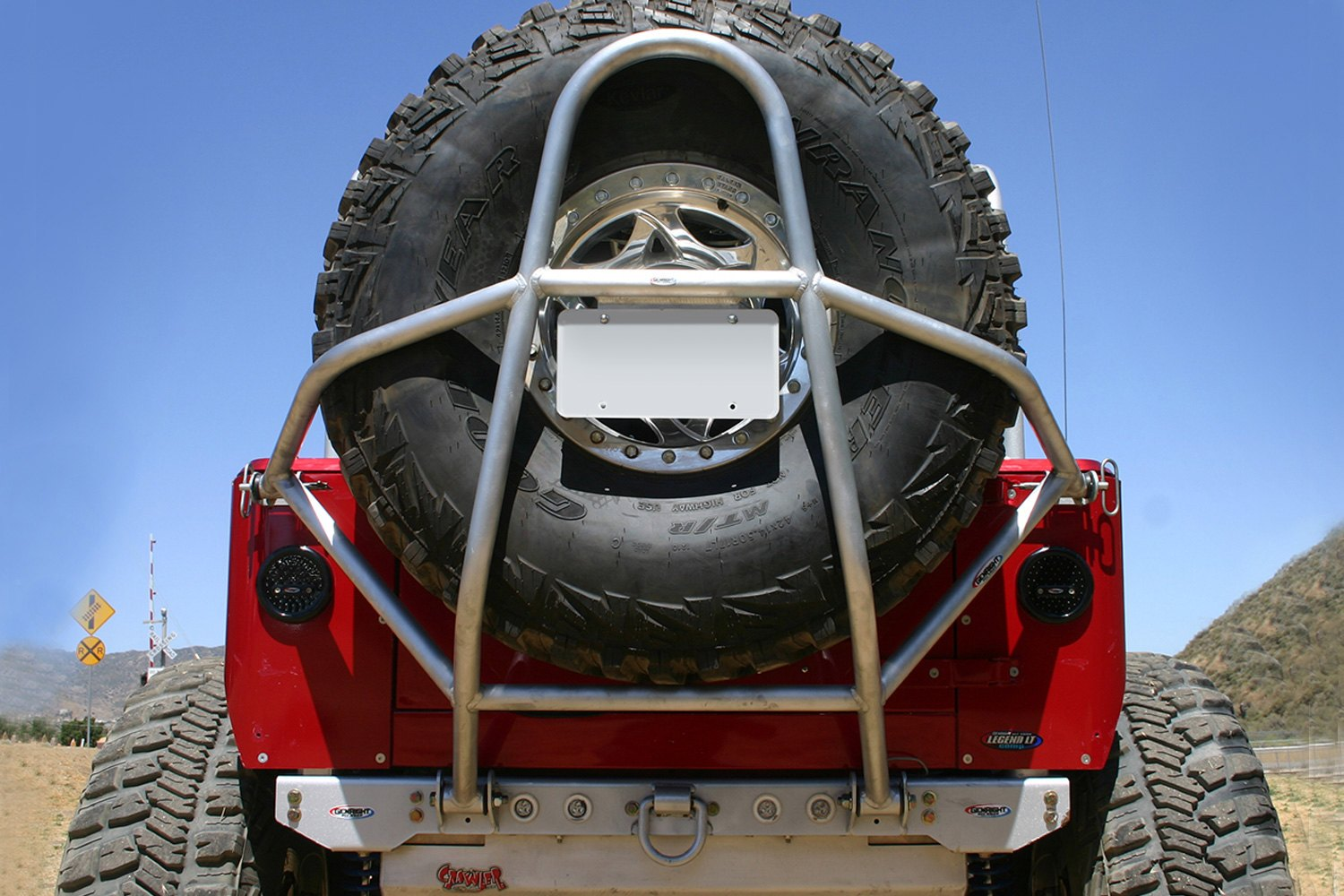 genright jeep wrangler 1988 swing down raw tire carrier. Black Bedroom Furniture Sets. Home Design Ideas