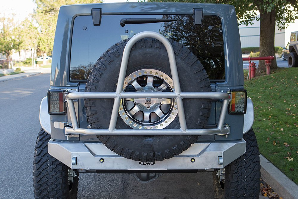 ... Swing Out Tire Carrier