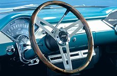 Clasic Style Steering Wheel by Grant®