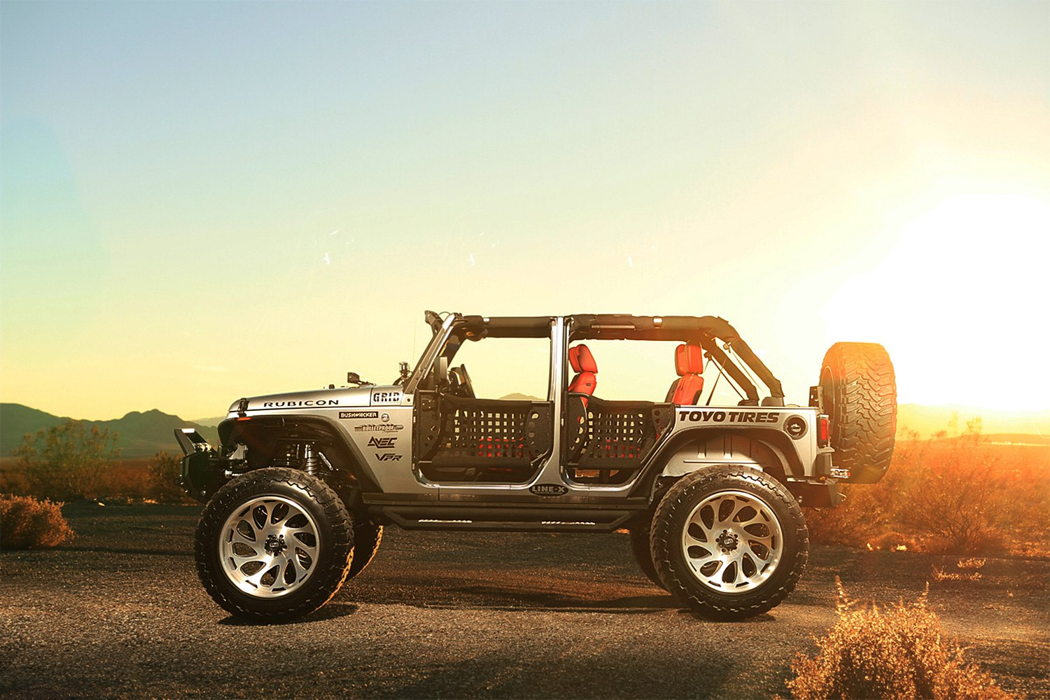 grid-off-road-gf10-brushed-black-accents-jeep-rubicon-2.jpg