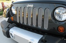 GrillCraft® - MX-Series Silver Mesh Grille on Jeep Wrangler