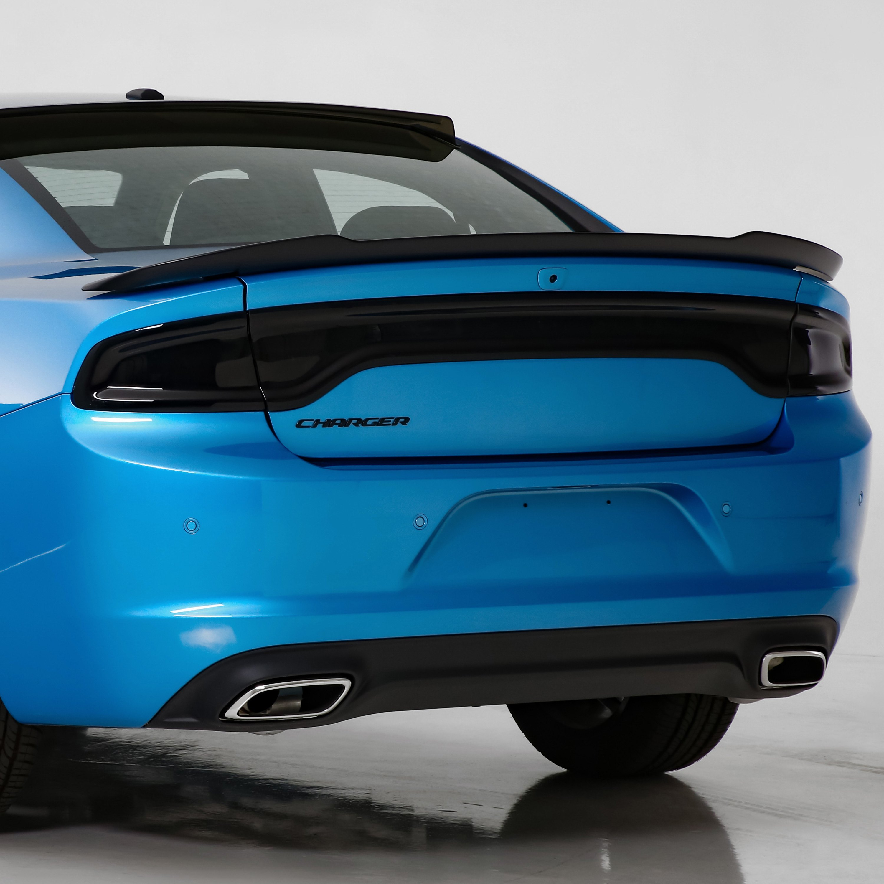 Dodge Charger 2016 Blackouts™ Tail Light And Center