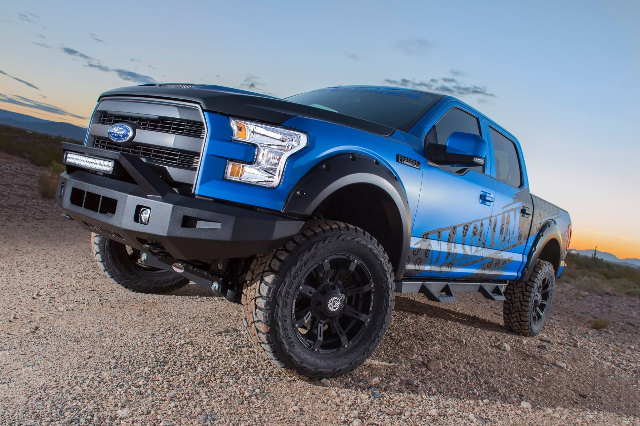 Lifted 2016 Ford F150 with ICI magnum side steps and bumpers - Photo by ICI Innovative Creations Inc.