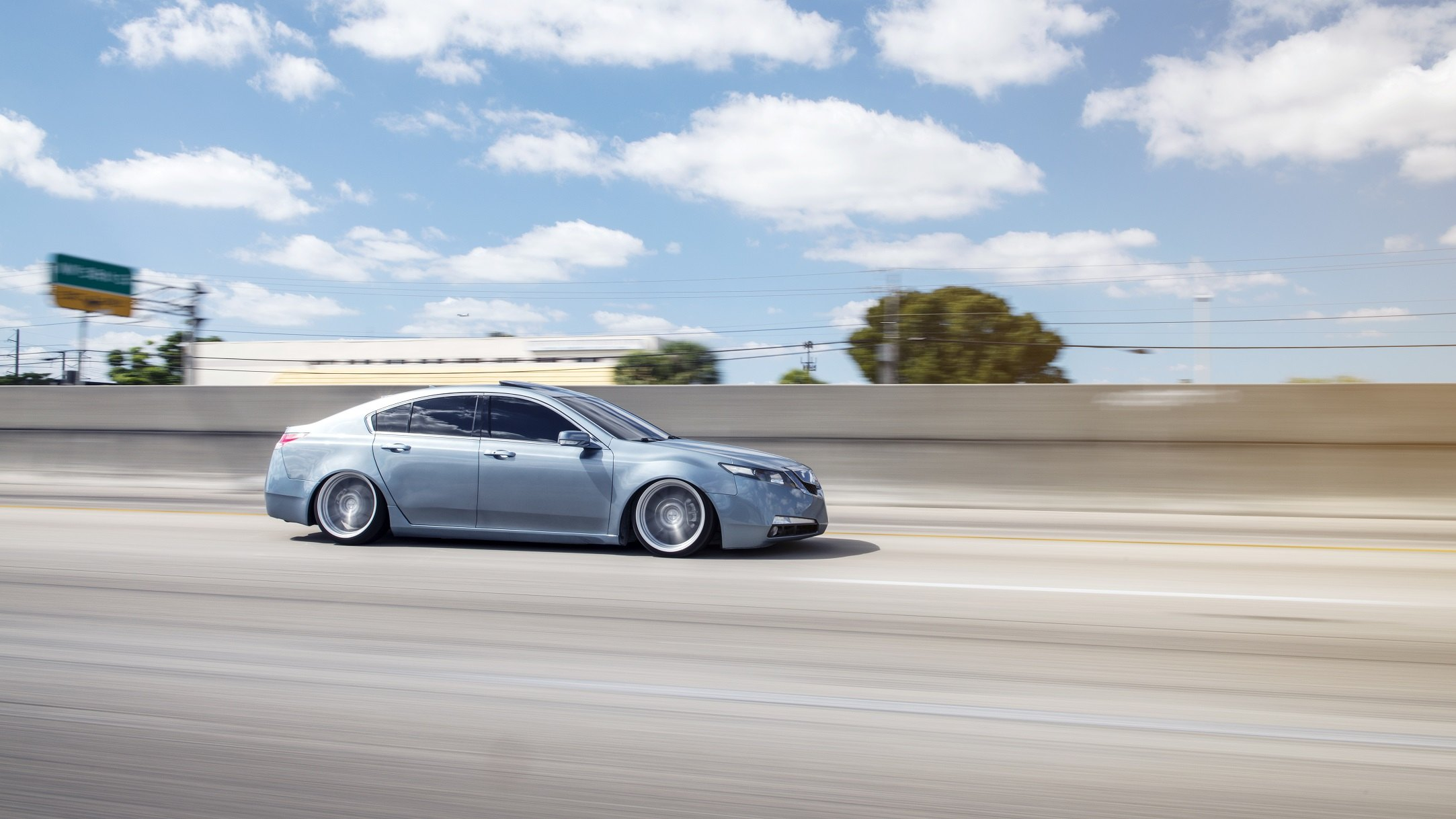 Acura Tl Gets Custom Suspension Setup And Beautiful Rims By Rotiform