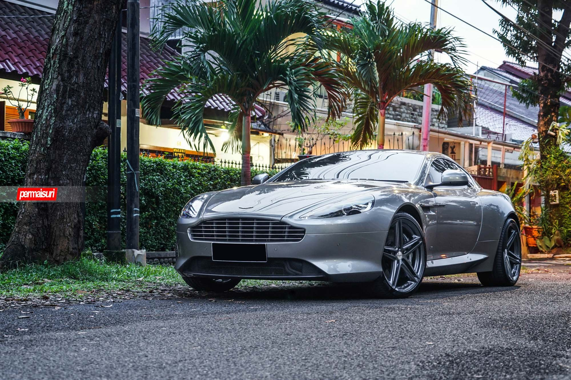 Custom aston martin db 9 images mods photos upgrades carid custom grille on aston martin photo by vossen sciox Images