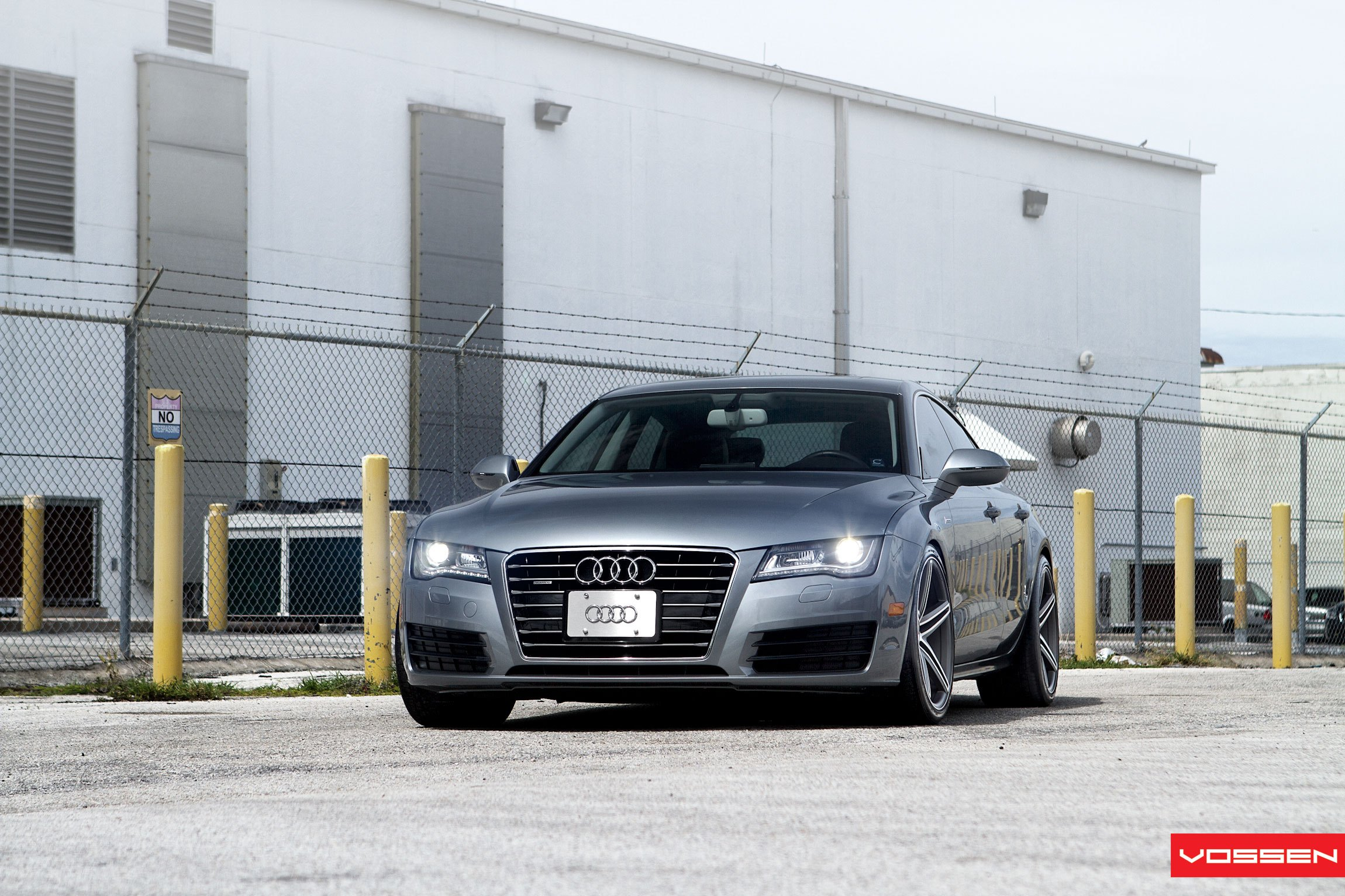 Custom Chrome Grille on Audi A7 - Photo by Vossen