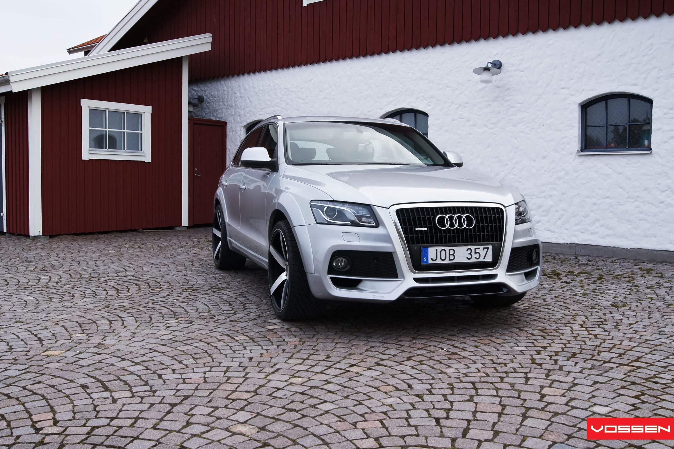 Silver Audi Q5 With Custom Front Per Photo By Vossen