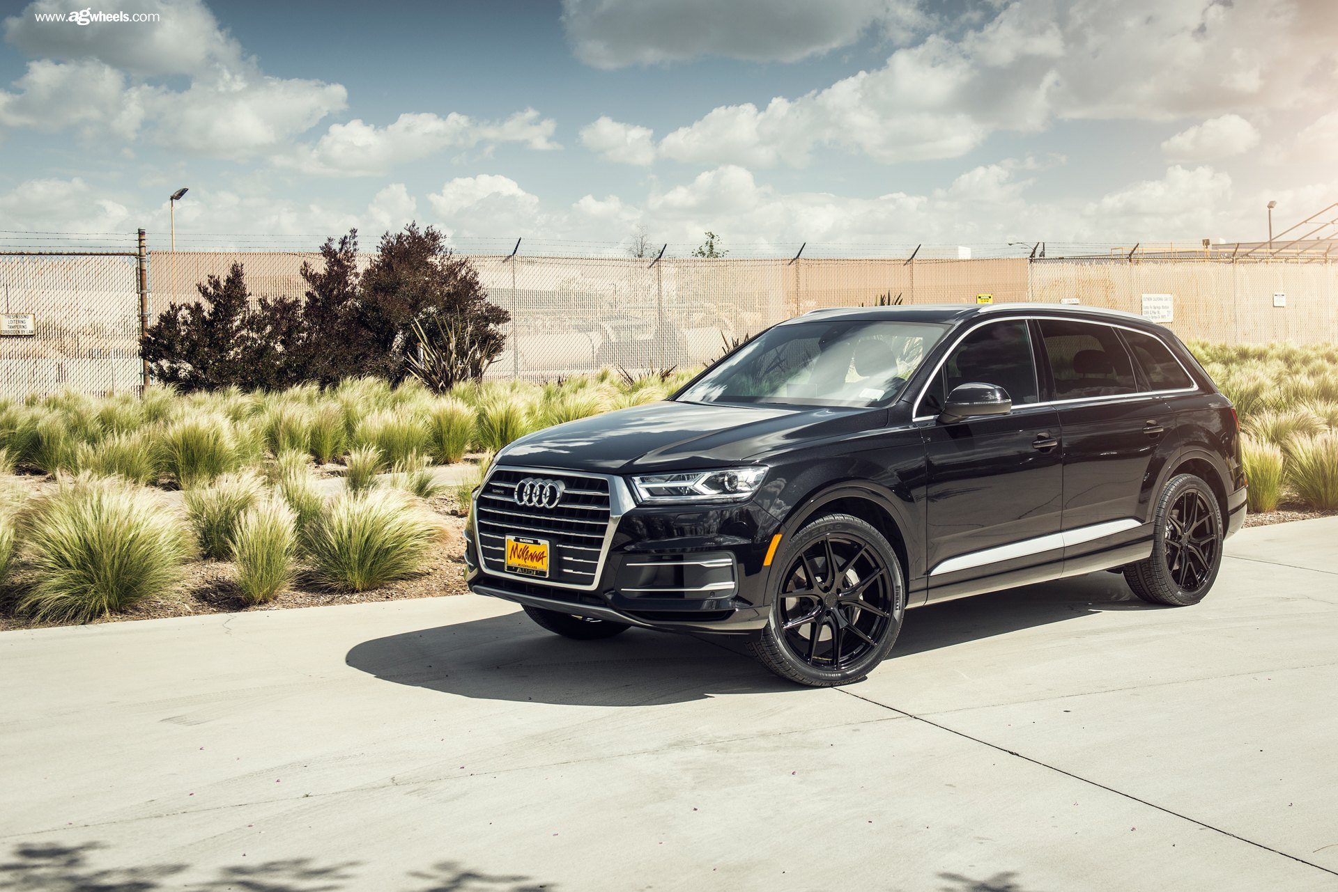 Custom 2017 Audi Q7 Images Mods Photos Upgrades