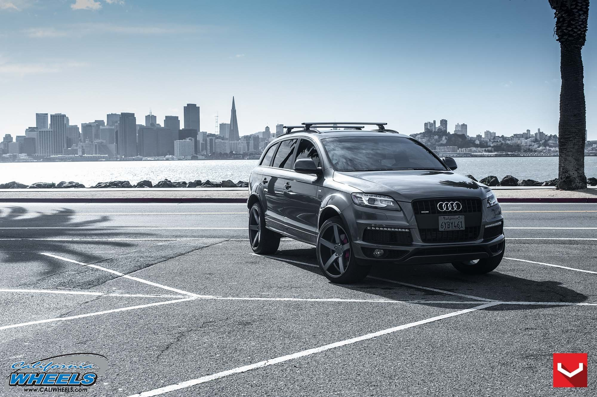 Gray Audi Q7 Gets Upgraded in the Front and in the Rear ...