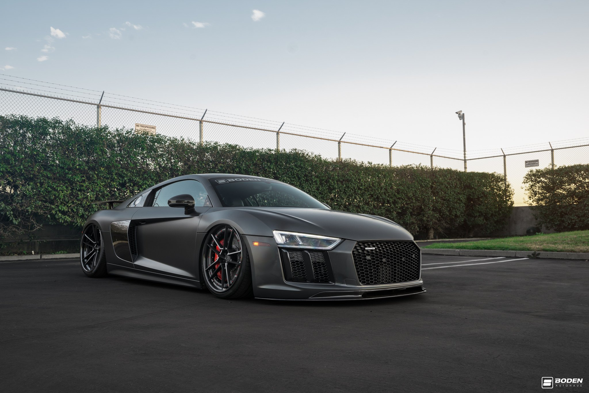 Matte Black Audi R8 Gets A Touch Of Style With Red Elements Carid Com Gallery