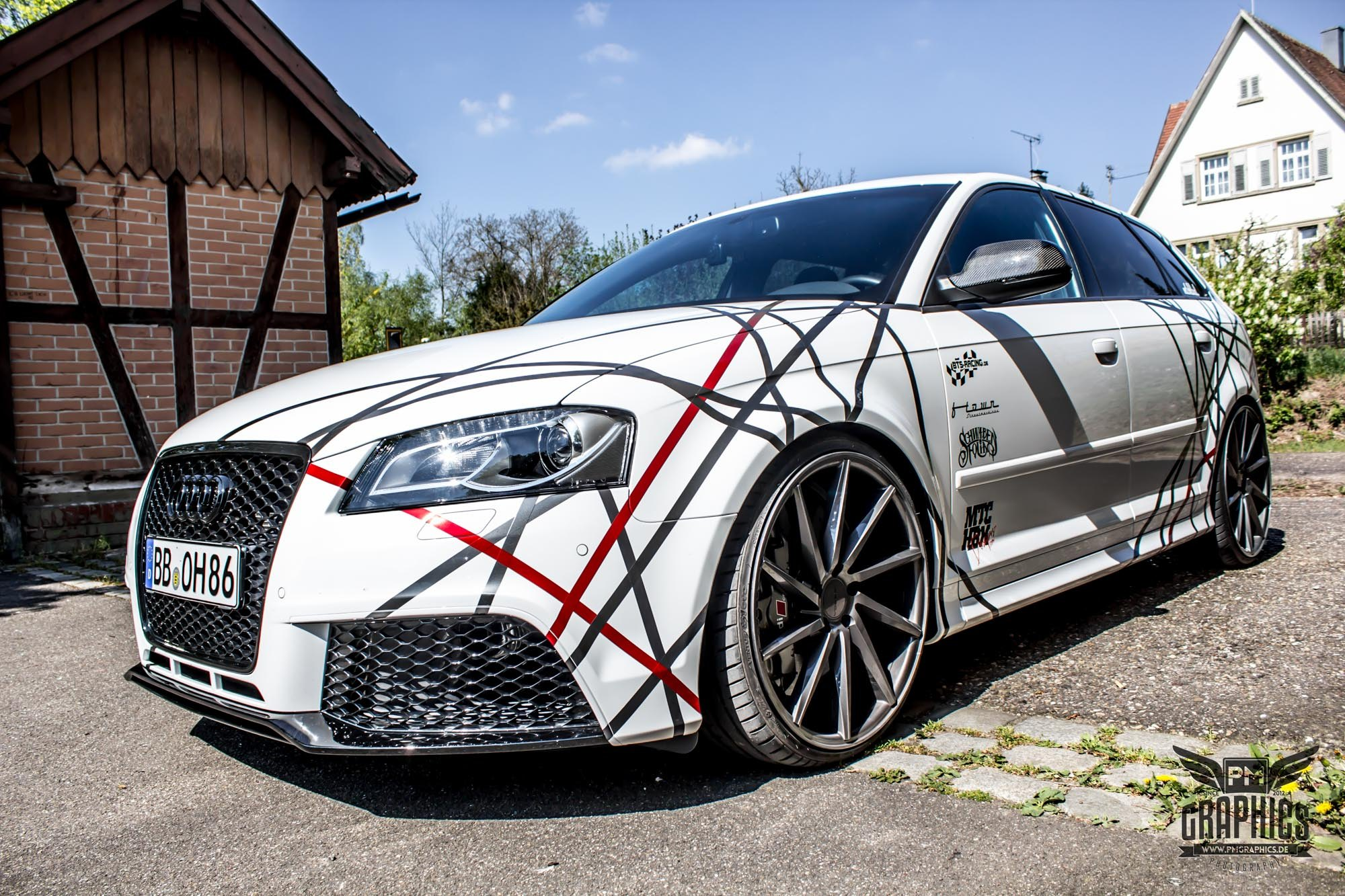 Extraordinary Custom Paint Job On Slightly Customized Audi S3