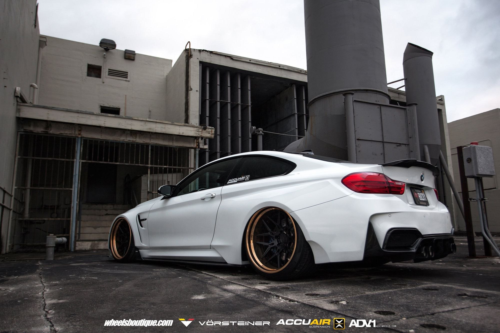Heavily Modified Bmw M4 Coupe Slammed To The Ground Carid Com Gallery