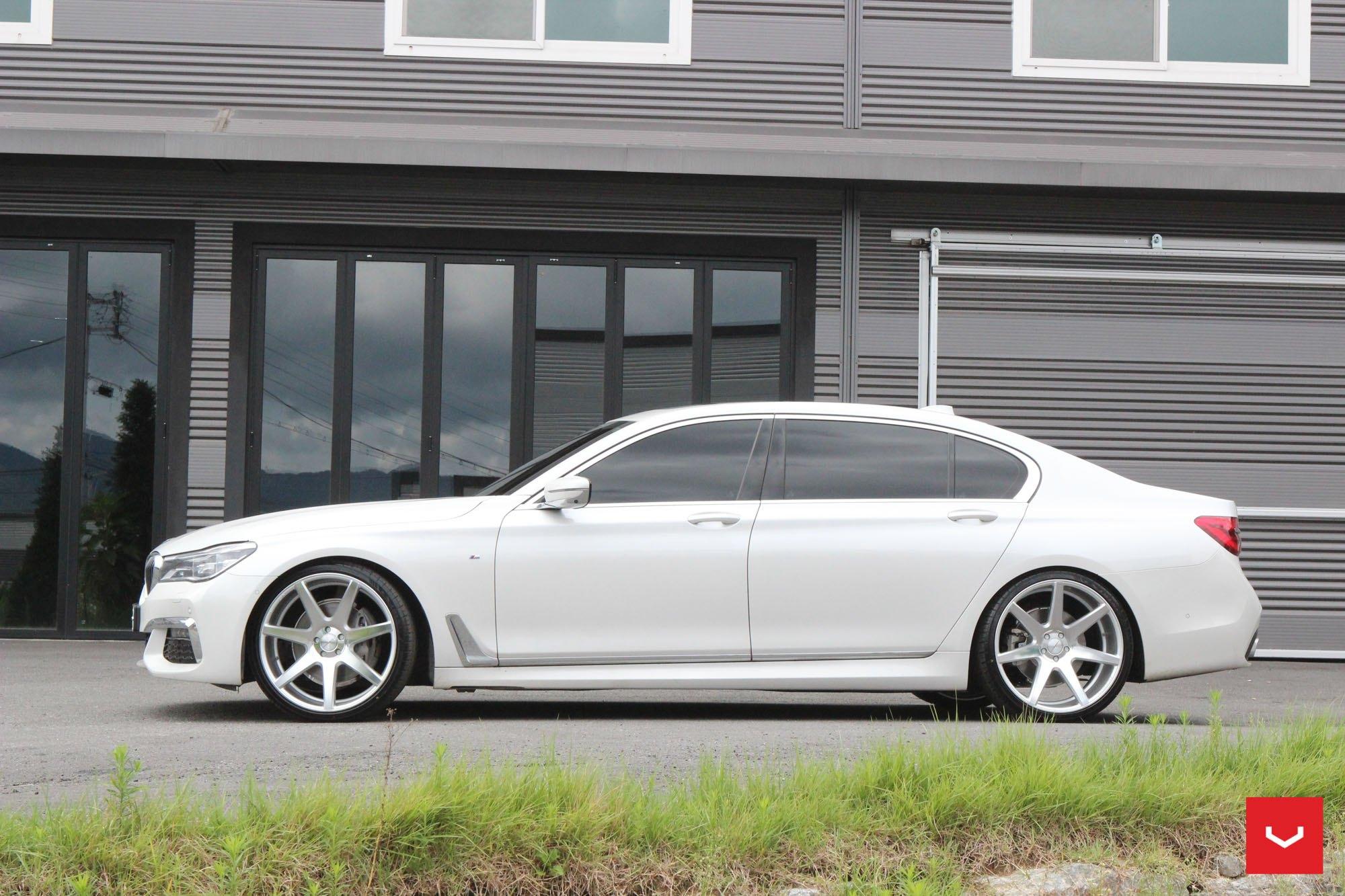 Chrome Bodyside Moldings On White BMW 7 Series