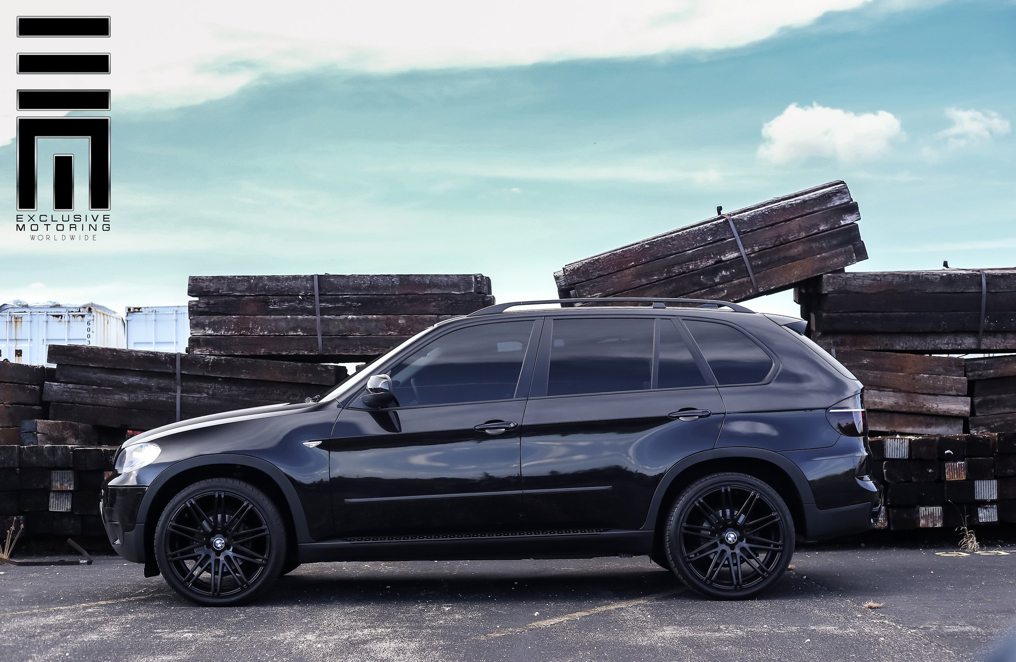 bmw x5 e70 in mystery black by exclusive motoring carid. Black Bedroom Furniture Sets. Home Design Ideas
