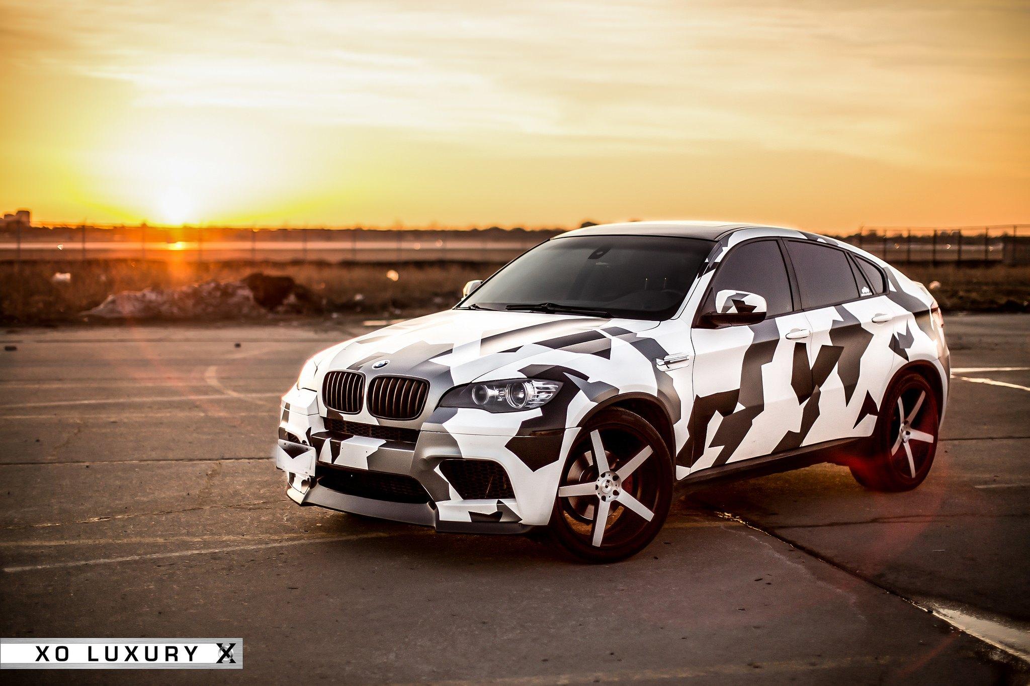 Bmw X6 M With Black And White Camo Wrap On Xo Luxury Rims