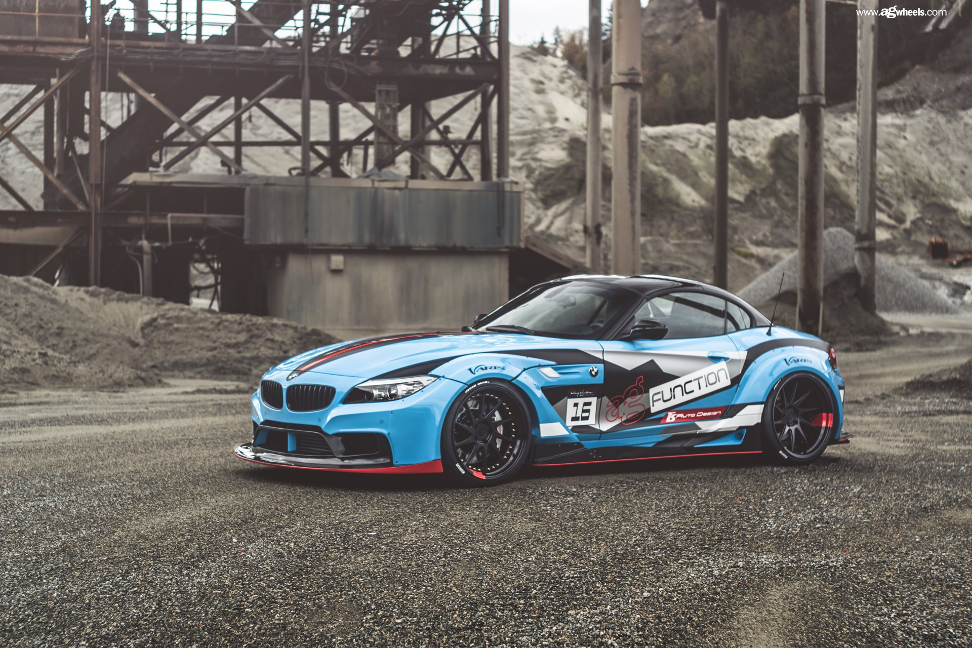 Bmw Repair Shops >> BMW Z4 With a Wide Body Kit and Racing Livery — CARiD.com Gallery