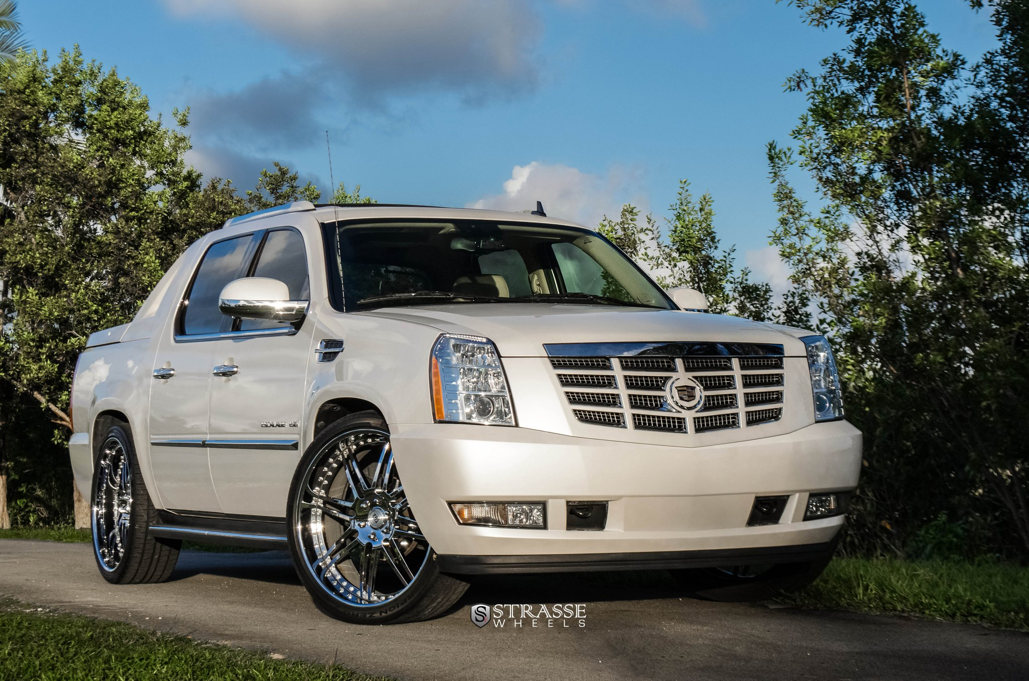 custom 2012 cadillac escalade images mods photos upgrades gallery. Black Bedroom Furniture Sets. Home Design Ideas