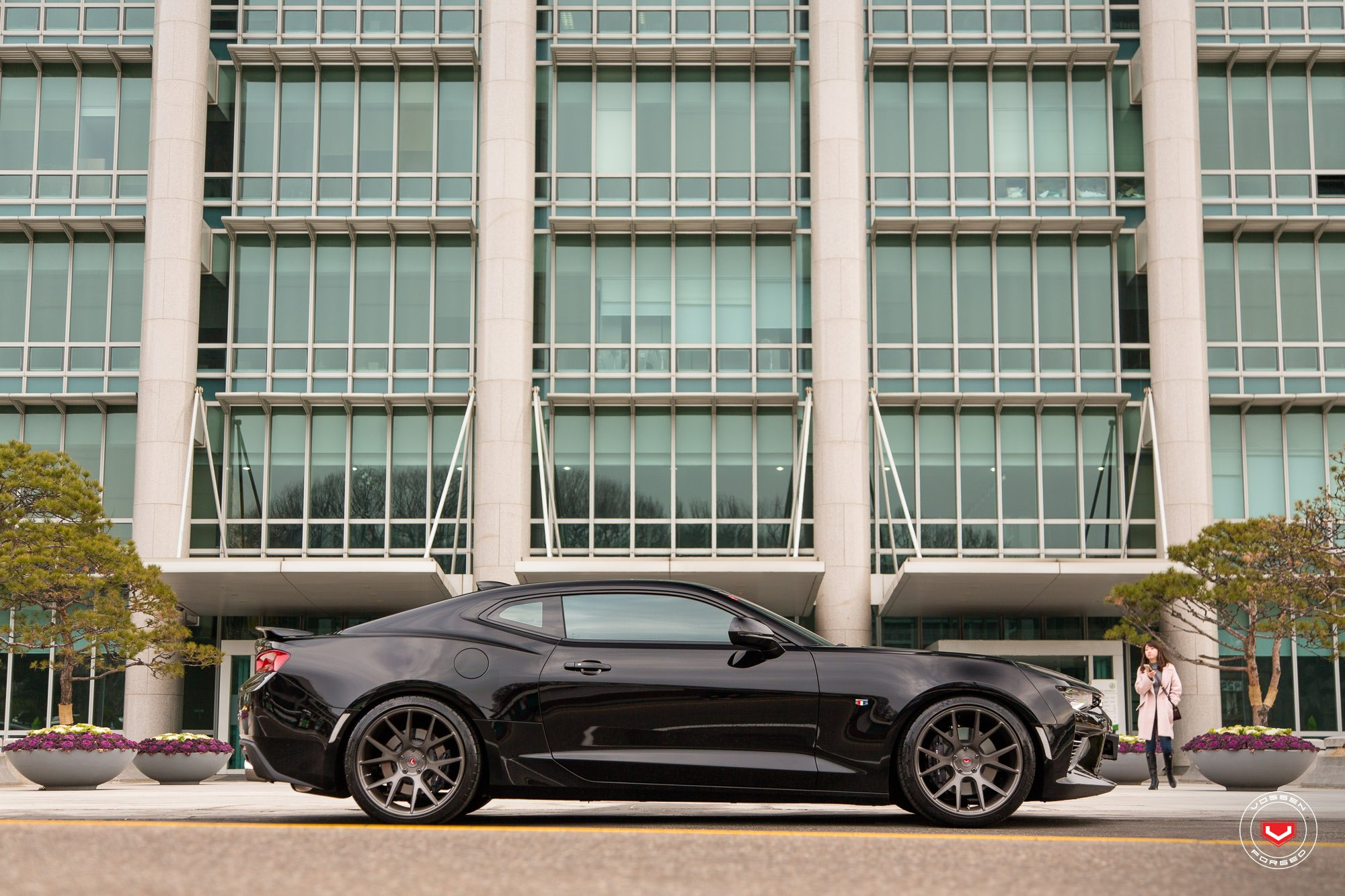 Black Chevy Camaro SS with Aftermarket Side Skirts - Photo by Vossen